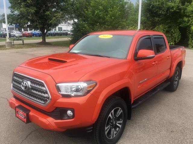 certified pre owned 2017 toyota tacoma trs 4d double cab for 30 997 in beavercreek. Black Bedroom Furniture Sets. Home Design Ideas