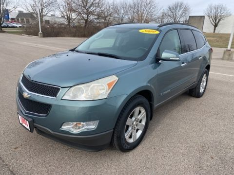 Pre-Owned 2009 Chevrolet Traverse LT