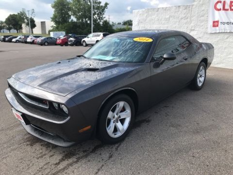 Pre-Owned 2014 Dodge Challenger SXT